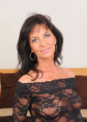 Free Mature Pussy Pictures