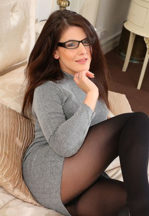 Free Pantyhose Pussy Pictures