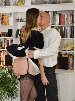 Free Maid Pussy Pictures