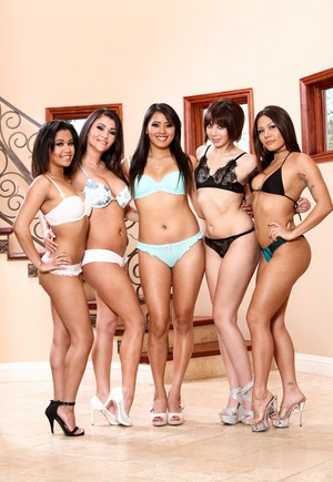 Free Pussy Lesbian Orgy Pictures