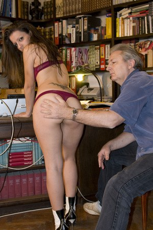 Free Pussy Spanking Pictures