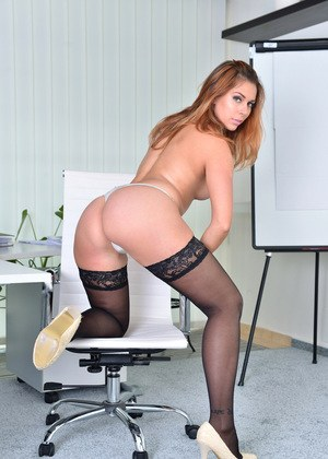 Free Secretary Pussy Pictures