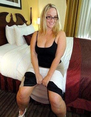 Free Housewife Pussy Pictures