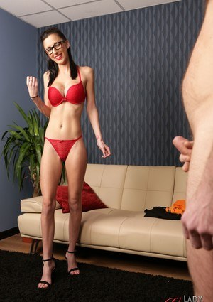 Free Voyeur Pussy Pictures