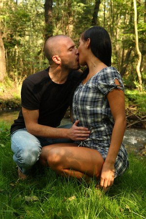 Free Girls Kissing Pussy Pictures