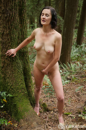 Free Outdoor Pussy Pictures